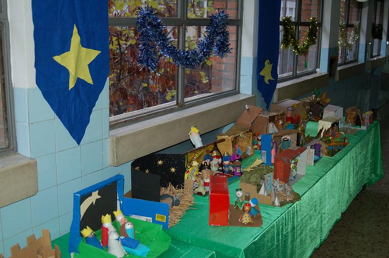 Primaria. Concurso de postales navideñas